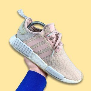 Adidas NMD R1 in Pink